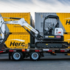 Herc-Rentals-truck-equipment-trailer-ft-40lp-1